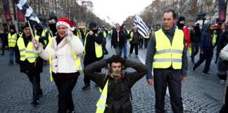 желтые жилеты Париж