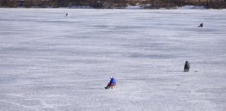 15-летнего подростка унесло на льдине по Днепру