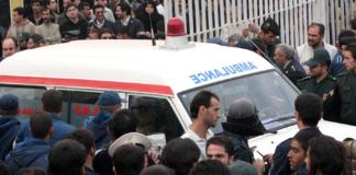В Иране смертник напал на автобус с военными