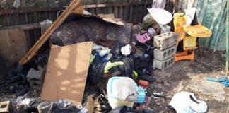 В Днепре нашли 2-летнего ребенка, который жил среди мусора