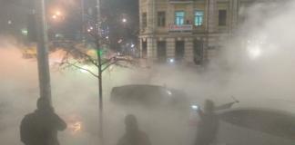 На столичной Борщаговке залило кипятком улицу