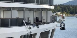 В Канаде столкнулись два морских круизных лайнера