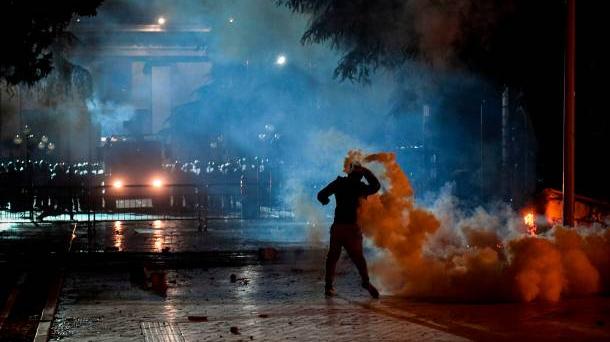 Албания демонстрация