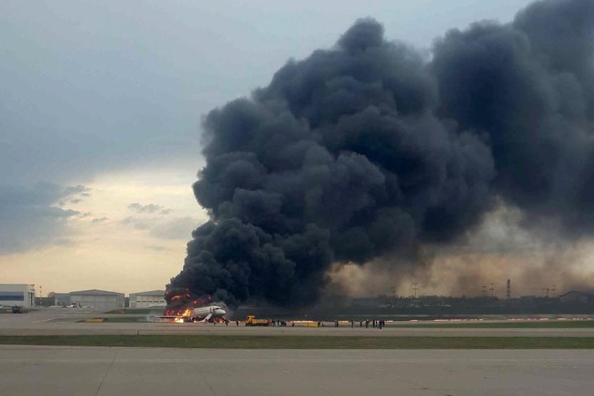 пожар Sukhoi Superjet