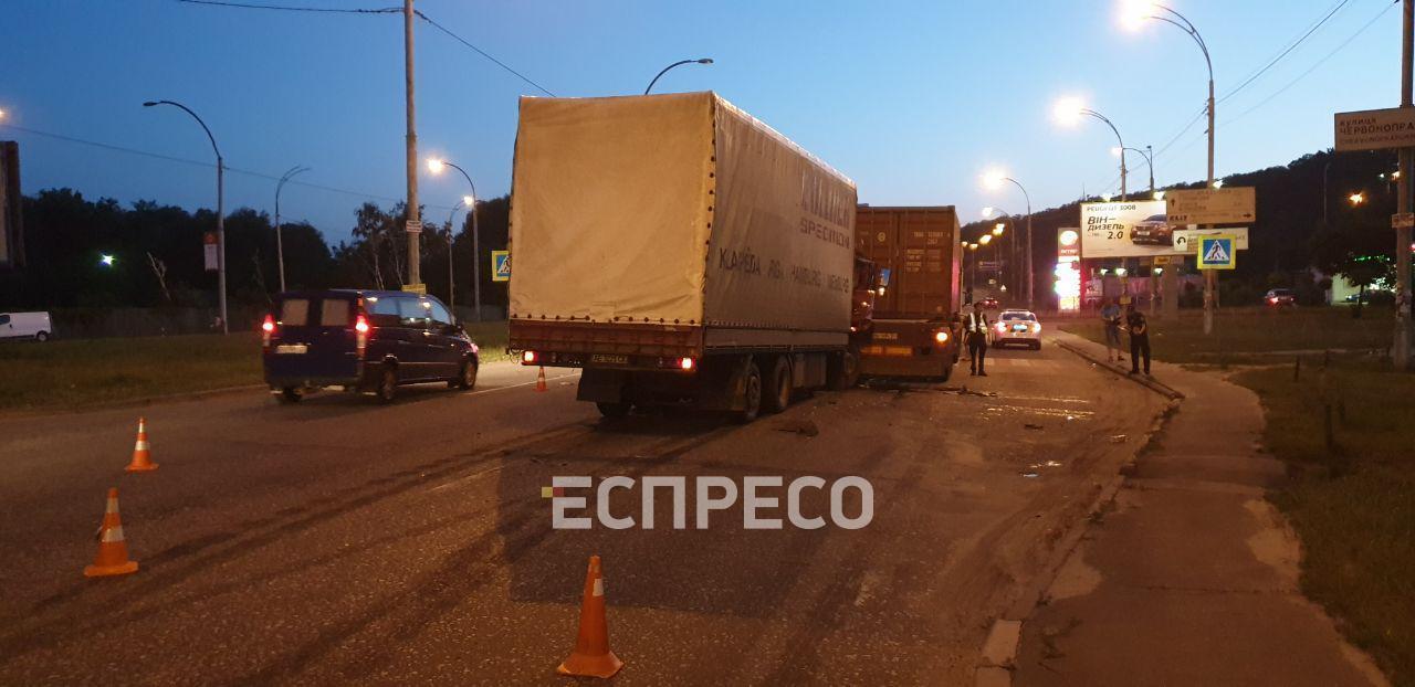 ДТП вантажівки Київ