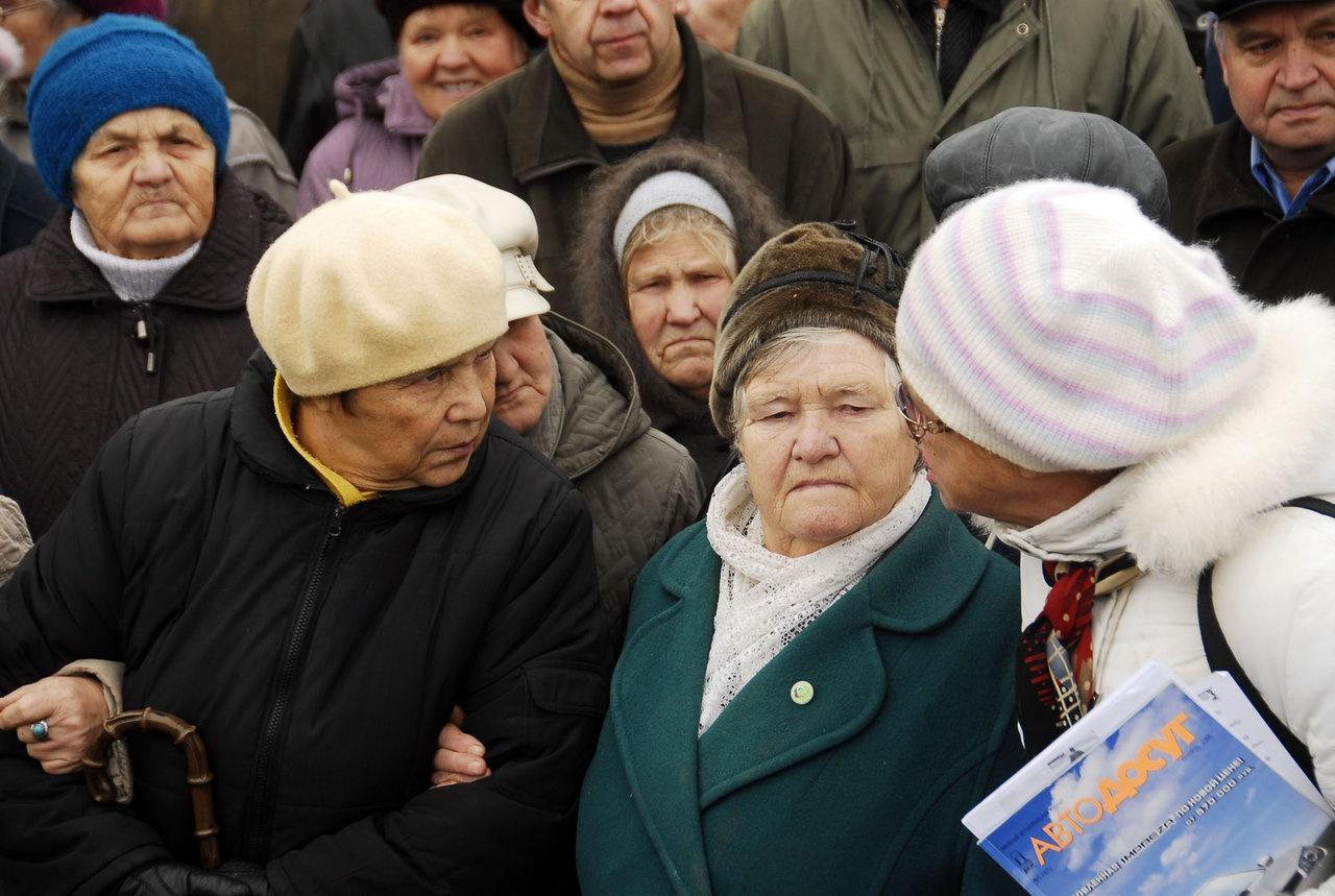 С 1 апреля повысят пенсионный возраст для украинок