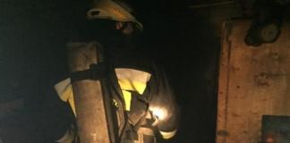 Внаслідок вибуху на СТО в Києві постраждав рятувальник