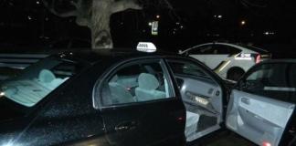 В Киеве иностранцы избили таксиста и угнали его машину (ФОТО)