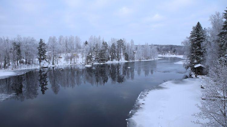 В Запорожской области три ребенка провалились под лед