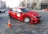 В центре Киева девушка на Toyota протаранила Uber
