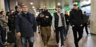"""Министр инфраструктуры Криклий провел рейд против """"цыганских банд"""" на вокзале в Киеве"""