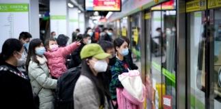 В Ухані, звідки почалась епідемія коронавірусу, відновили роботу метро