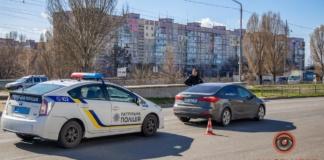В Днепре Kia сбил девушку на пешеходном переходе (ВИДЕО)