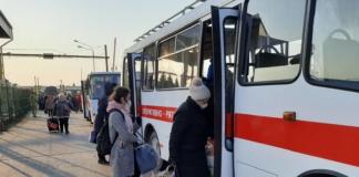 На границе с Польшей десятки украинцев перекрыли трассу