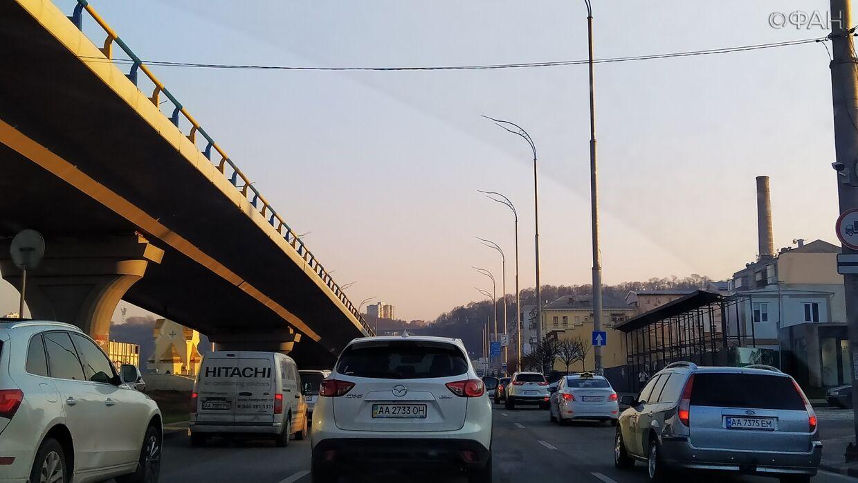 В Киеве могут запретить передвижение на автомобилях
