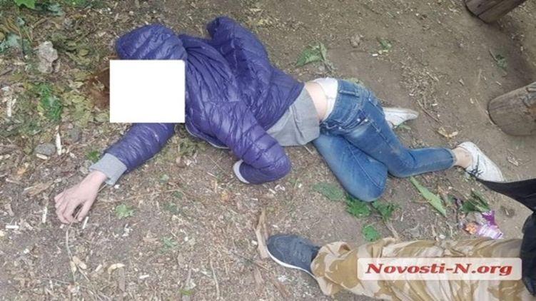 В Николаеве девочка впала в алкогольную кому во дворе школы