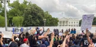 Из-за протестов в США сотрудникам Белого дома рекомендовали не выходить на работу