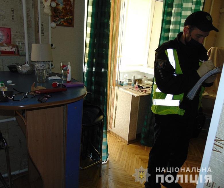 В Киеве женщина зарезала своего гражданского мужа (ФОТО)