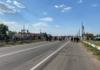Под Херсоном работники ночных клубов перекрыли мост