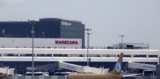 Польща відновила карантин для авіапасажирів з України