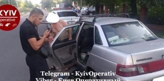 В Киеве задержали педофила, который прямо в авто занимался сексом с подростком