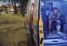 В Польше задержали пьяного украинца, который ходил по пляжу с ножом и в окровавленной одежде