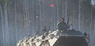 Лукашенко привів армію в бойову готовність на кордоні з ЄС