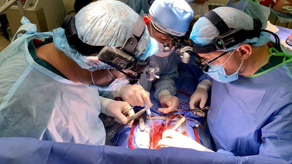 У Львові помер пацієнт, якому вперше в Україні трансплантували підшлункову залозу