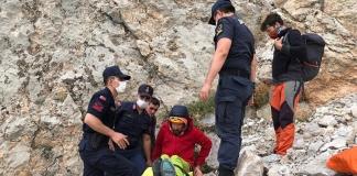 В Турции украинец упал с высоты во время восхождения на гору