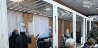 В Одессе семеро заключенных вскрыли вены себе вены на заседании суда