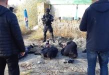 В Харькове задержали троих иностранцев за незаконное хранение оружия и наркотиков (ФОТО, ВИДЕО)