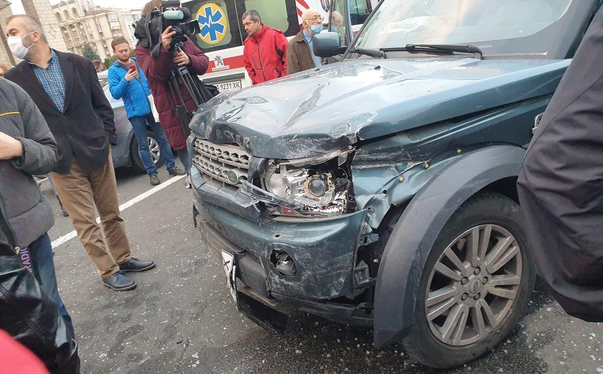 На Майдане Независимости водитель сбил людей в пешеходной зоне