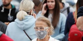 Словакия за выходные протестирует на коронавирус все население страны