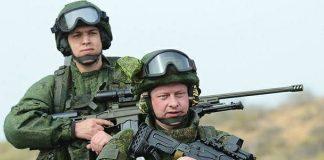 """В украинском учебнике о """"Защите отечества"""" нашли фото российских солдат"""