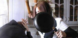 В Одесі мати вдарила розпеченою сковорідкою 10-річну дочку
